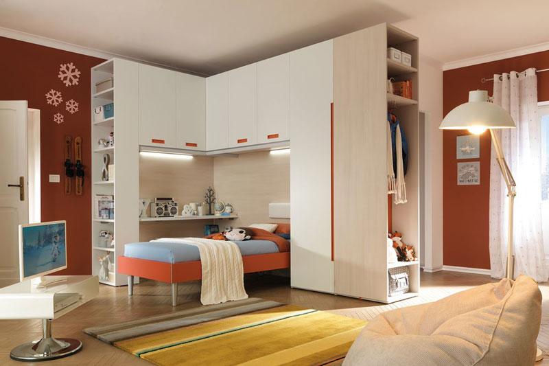 Ferroni mobilia arredamenti moretti compact for Mobilia arredamenti camerette