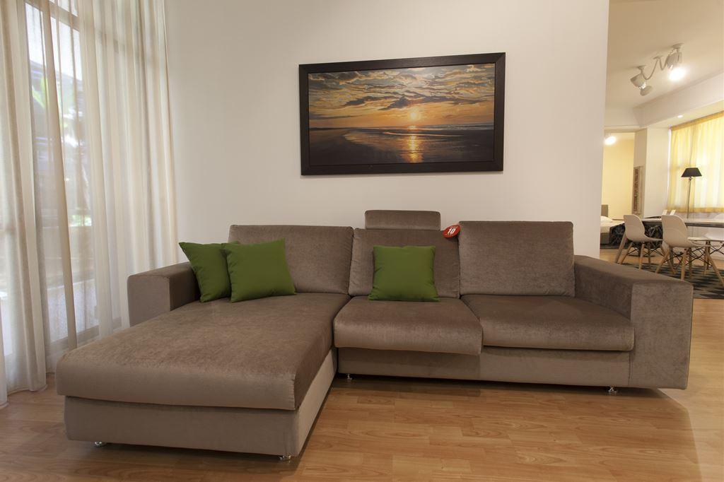 Ferroni mobilia arredamenti doimo divano pacifico for Mobilia arredamenti